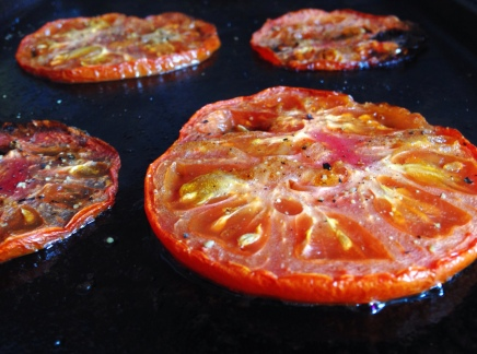 How to Make Oven Roasted Tomatoes for Mozzarella Sandwich Recipe